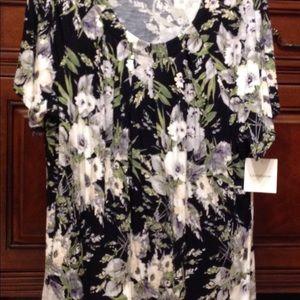 Croft & Barrel Short Sleeve Pullover Floral Top.